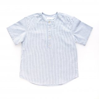 <img class='new_mark_img1' src='https://img.shop-pro.jp/img/new/icons14.gif' style='border:none;display:inline;margin:0px;padding:0px;width:auto;' />Amaia Kids -  Victor shirt (Blue stripe)