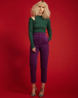 HI-WAIST CORDUROY PANTS<br>PURPLE<img class='new_mark_img2' src='https://img.shop-pro.jp/img/new/icons20.gif' style='border:none;display:inline;margin:0px;padding:0px;width:auto;' />