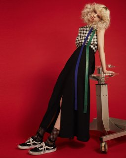 DOUBLE STRAP LONG SKIRT<br>BLACK×BLUE×GREEN<img class='new_mark_img2' src='https://img.shop-pro.jp/img/new/icons20.gif' style='border:none;display:inline;margin:0px;padding:0px;width:auto;' />