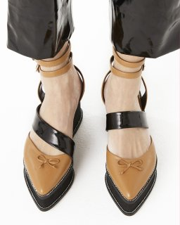 ASYMMETRIC BALLET SHOES<br>CAMEL×BLACK<img class='new_mark_img2' src='https://img.shop-pro.jp/img/new/icons20.gif' style='border:none;display:inline;margin:0px;padding:0px;width:auto;' />