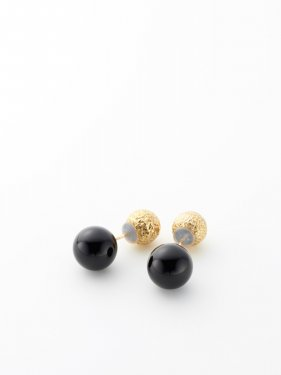 SOPHISTICATED VINTAGE / Twin black ball earrings