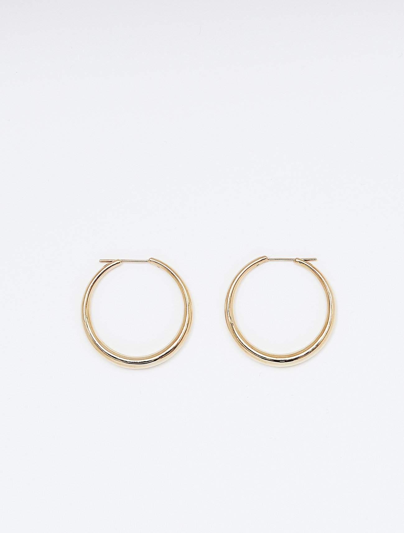 SOPHISTICATED VINTAGE / Authentic hoop earring