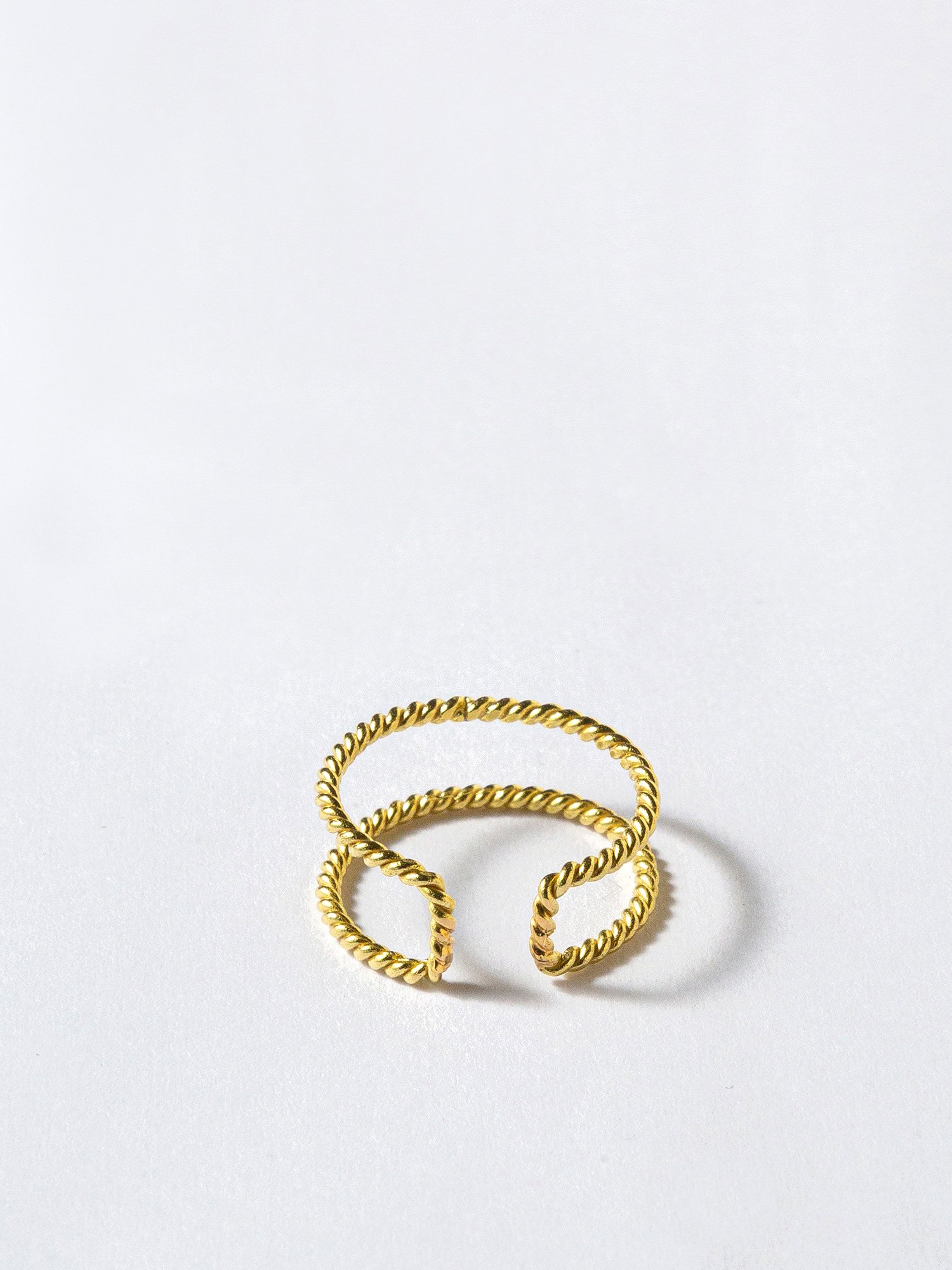 HELIOS / Double twisted ring
