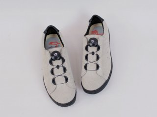 <ptarmigan/ターミガン> SUEDE COURT SHOES(Gray)