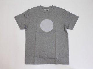 〈L&HARMONY WOMEN / エルアンドハーモニーウーマン〉ハイクルーネックプリントTシャツ●(Gray)