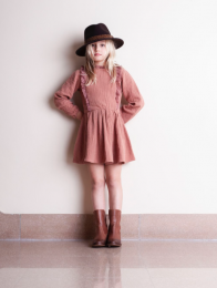 <img class='new_mark_img1' src='https://img.shop-pro.jp/img/new/icons14.gif' style='border:none;display:inline;margin:0px;padding:0px;width:auto;' />Tocoto Vintage/Dress with lace details on chest and neck/Pink