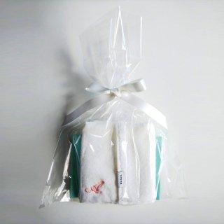 OLSIA Premium ハンカチタオルギフト(イニシャル刺繍入り)