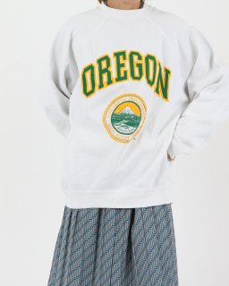 <img class='new_mark_img1' src='//img.shop-pro.jp/img/new/icons5.gif' style='border:none;display:inline;margin:0px;padding:0px;width:auto;' />【SALE】WHITE OREGON Sweat