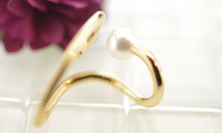 Topological Pearl Cuff Earrirng