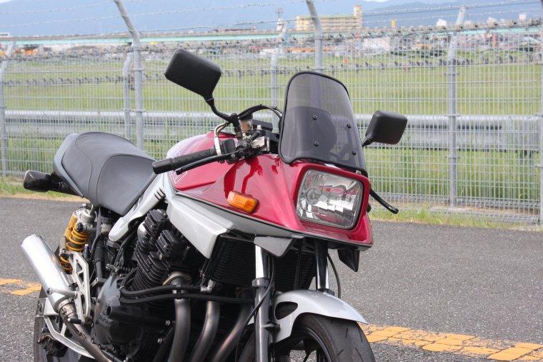 SUZUKI GSX1100S刀スモークスクリーン
