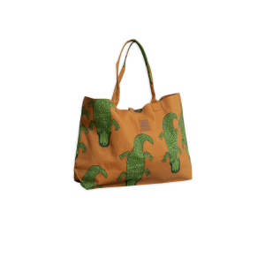 <img class='new_mark_img1' src='https://img.shop-pro.jp/img/new/icons47.gif' style='border:none;display:inline;margin:0px;padding:0px;width:auto;' />mini rodini Crocco beach bag BROWN