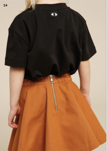 <img class='new_mark_img1' src='https://img.shop-pro.jp/img/new/icons14.gif' style='border:none;display:inline;margin:0px;padding:0px;width:auto;' />WAWA CIRCLE SKIRT ZIP TWILL