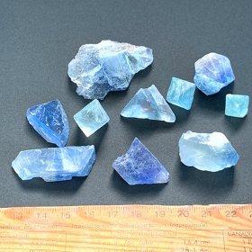 青い蛍石チップ