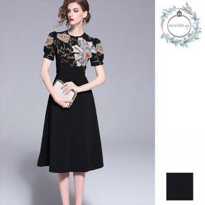 ドレス 結婚式 パーティー 二次会 披露宴 レディース 大きいサイズ ミディ丈 膝丈 和柄 フラワー 刺繍 パフスリーブ フレア ブラック 黒 20代 30代 40代