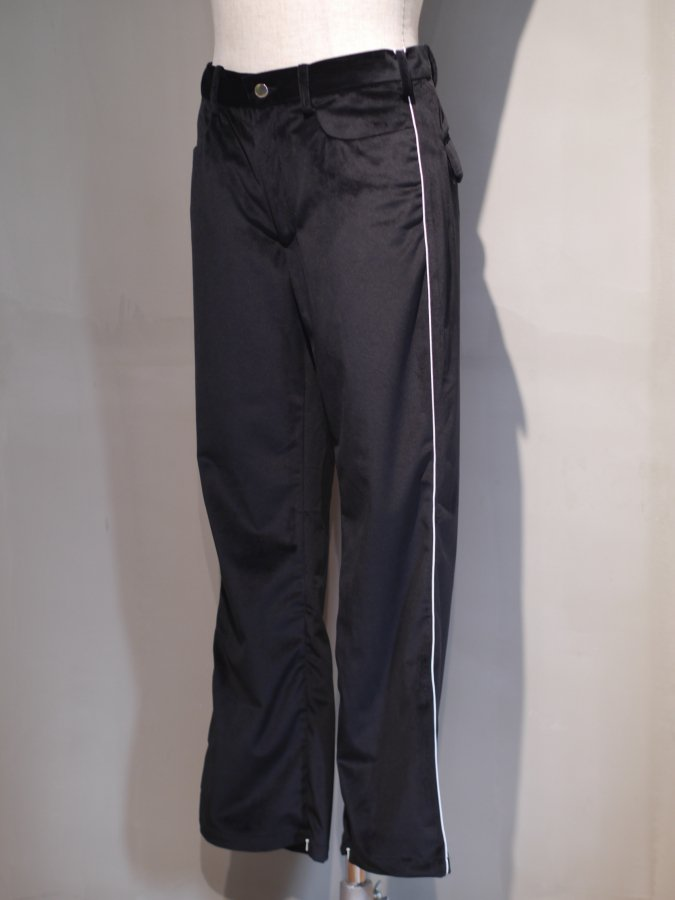 <img class='new_mark_img1' src='https://img.shop-pro.jp/img/new/icons5.gif' style='border:none;display:inline;margin:0px;padding:0px;width:auto;' />Cowboy zip trouser - Velour / Black