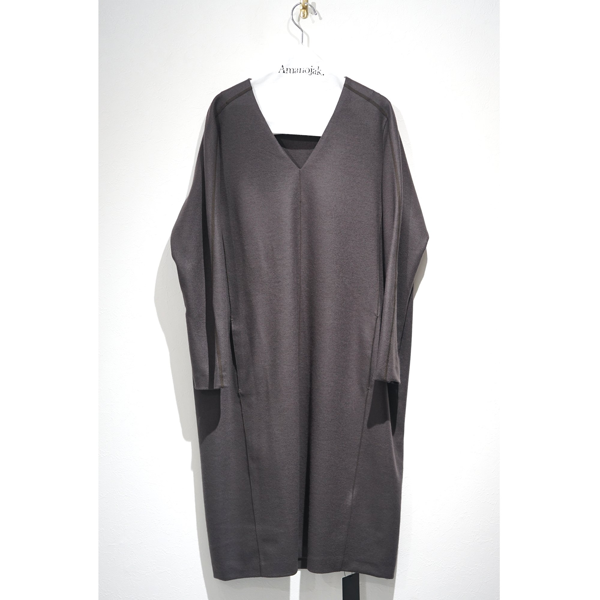 <img class='new_mark_img1' src='https://img.shop-pro.jp/img/new/icons20.gif' style='border:none;display:inline;margin:0px;padding:0px;width:auto;' />ATON-SUPER140's WOOL SACK DRESS