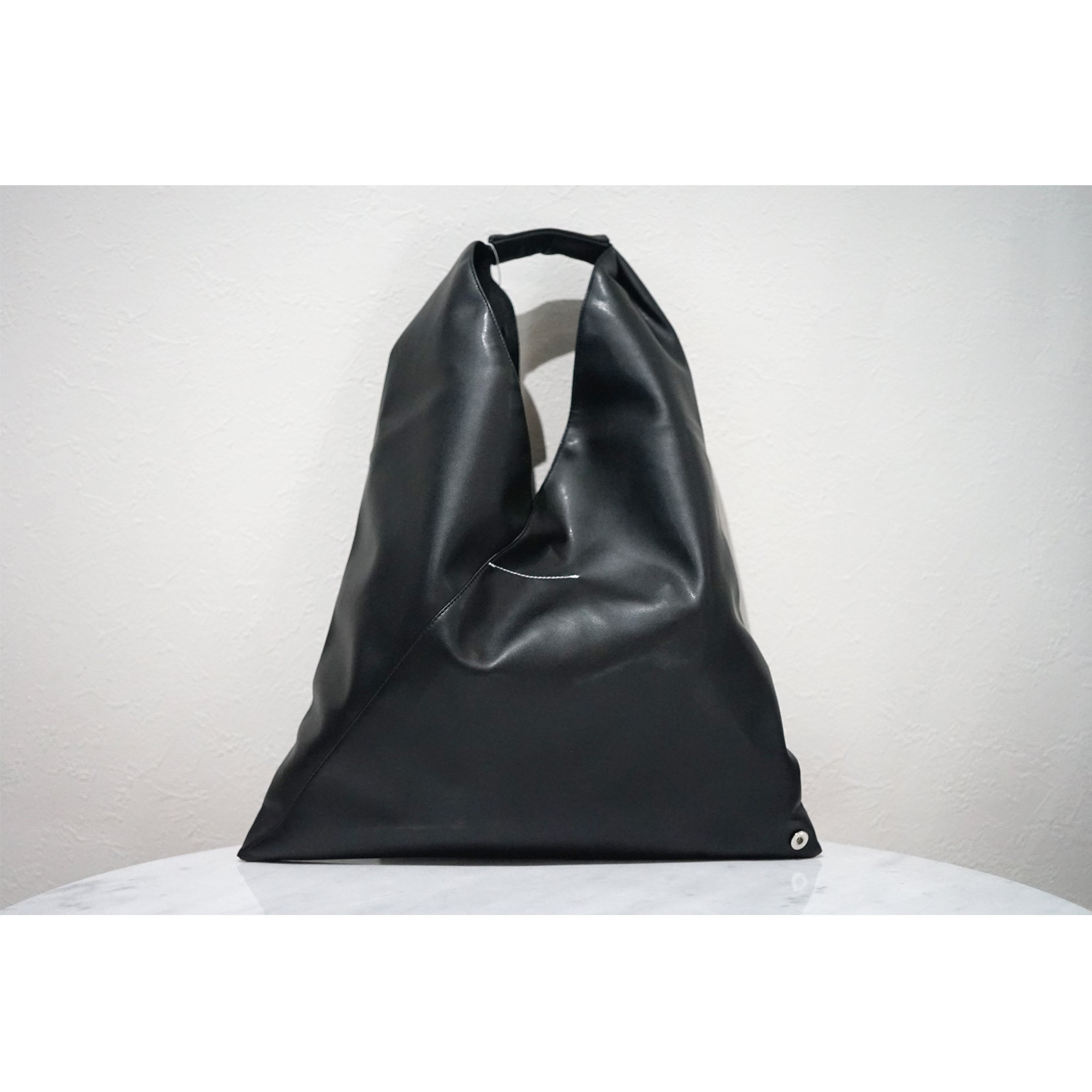 MM6-JAPANESE BAG COW LEATHER SMALL SIZE BLACK (在庫なし)