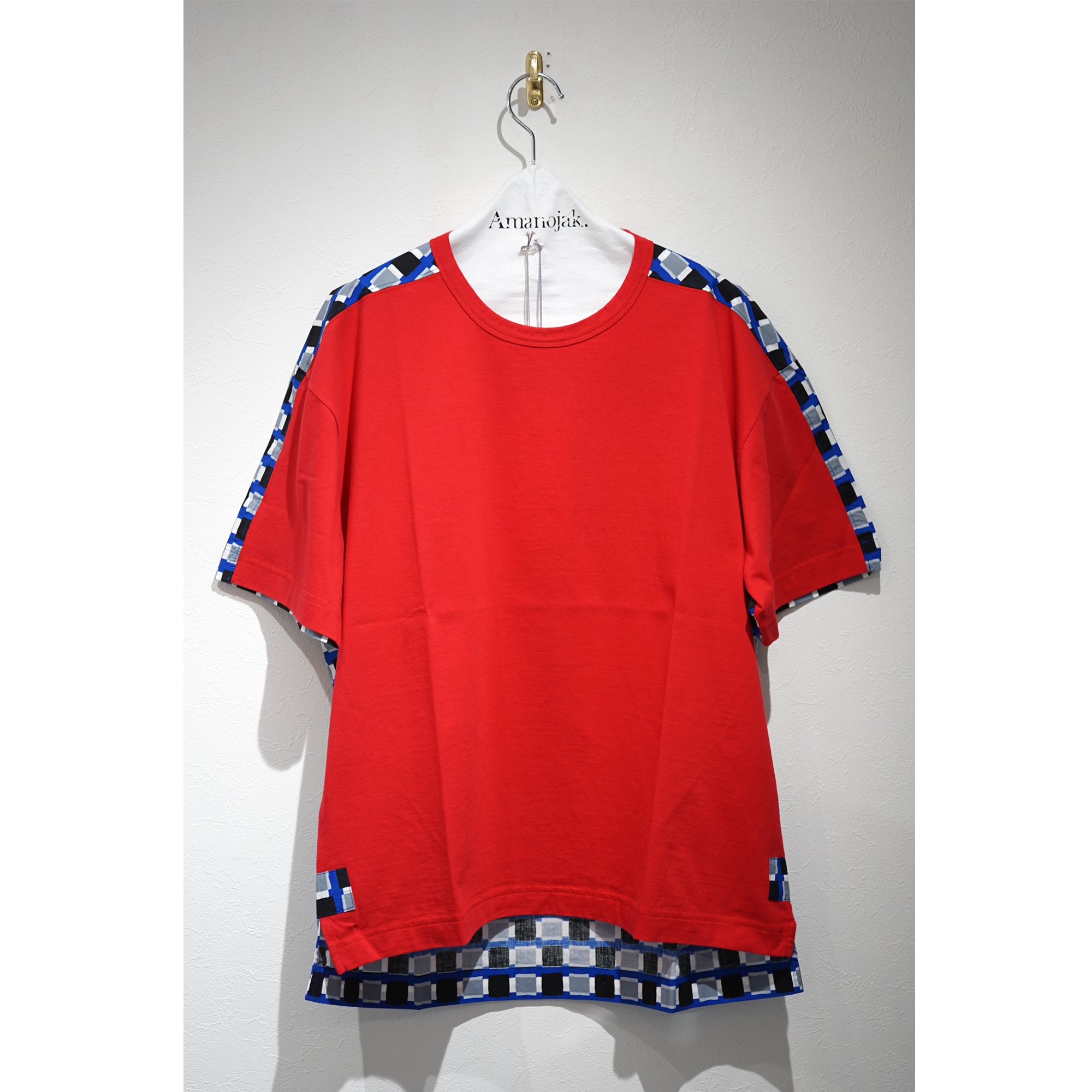 <img class='new_mark_img1' src='https://img.shop-pro.jp/img/new/icons23.gif' style='border:none;display:inline;margin:0px;padding:0px;width:auto;' />MARNI-JERSEY×TEXTILE COMBINATION T SHIRTS RED*BLUE<br>(在庫なし)
