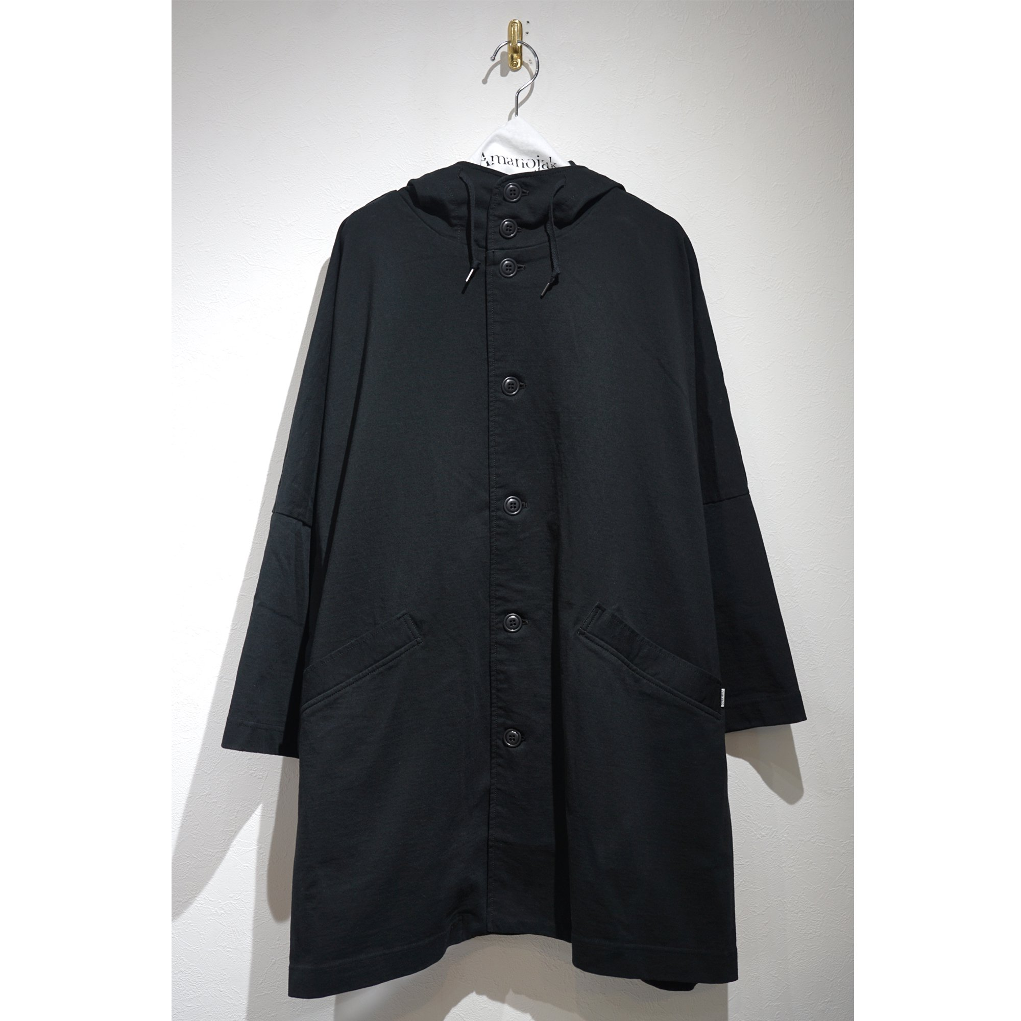 CURLY-DELIGHT CAPE COATwith RAIN DELIGHT fabric