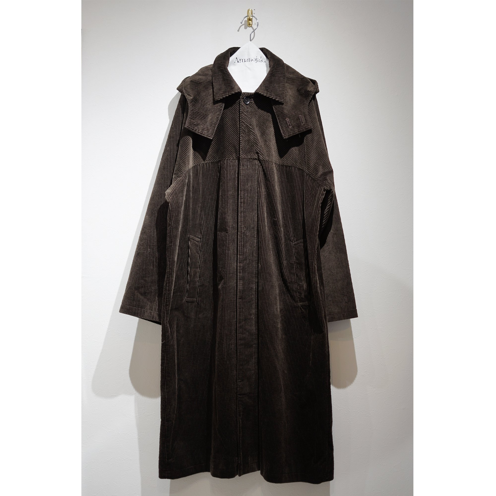 【3/24まで受注受付】ATHA-CORDUROY HOODED BALCOLLAR COAT BROWN