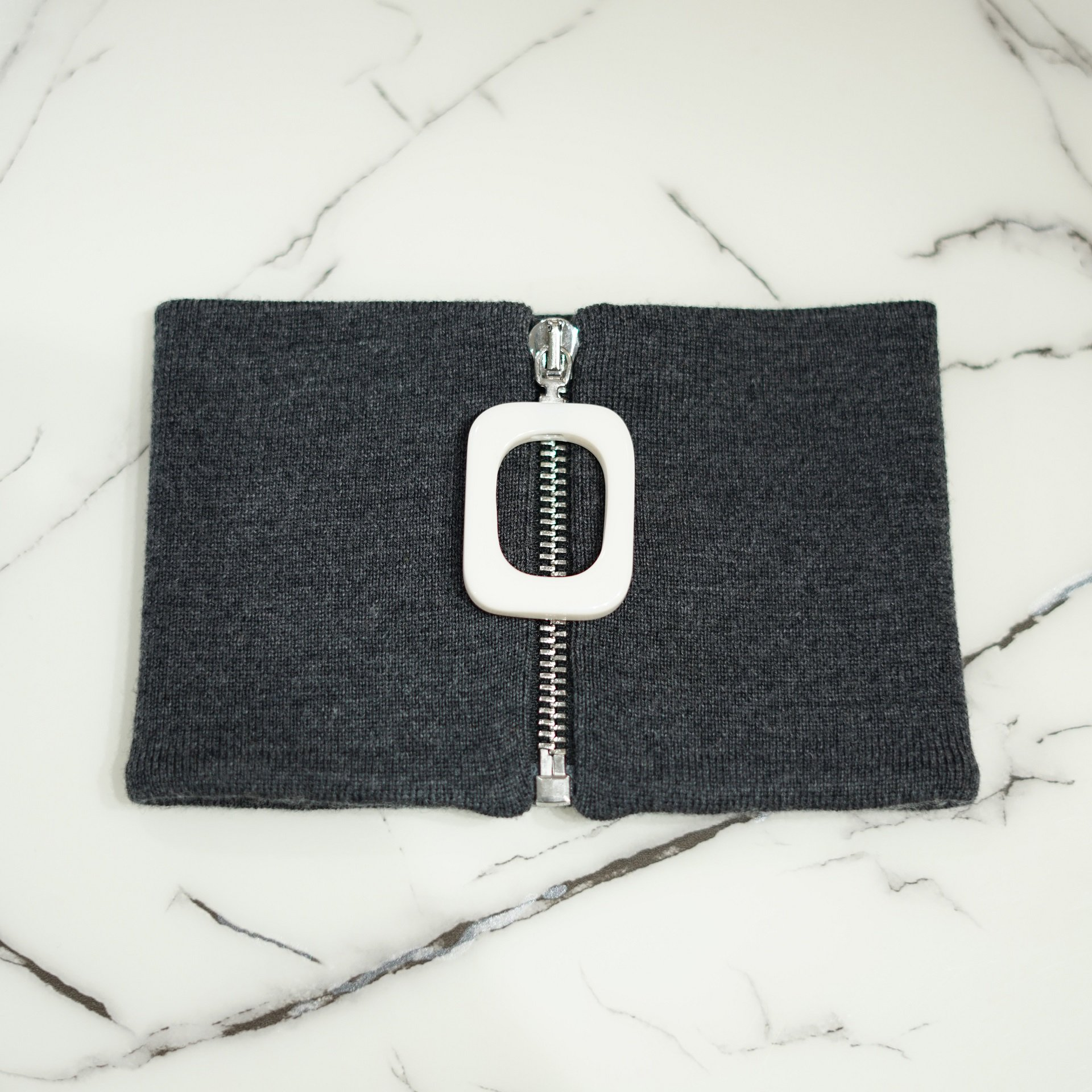 JW ANDERSON-JWA TURTLE NECK BAND GRAY