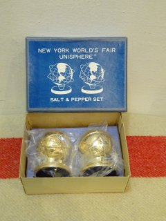 Dead Stock 1964/65y NEW YORK WORLD FAIR Salt & Pepper