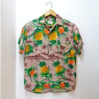 Early 60's Pineapple & Diamond-Head Pattern Rayon Hawaiian Shirts size S