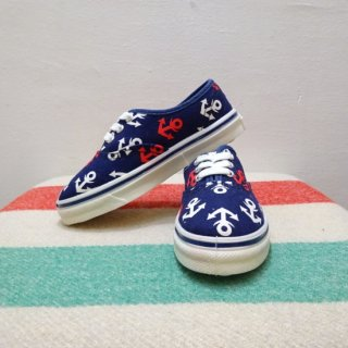 Dead Stock 70's Anchor Pattern Canvas Sneaker size Kid's 8