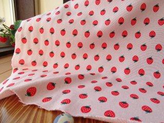 可愛いイチゴの裏毛ニット・ピンク