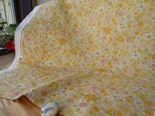 優しい花柄ダブルガーゼ 1.7�小花・クリーム×オレンジ
