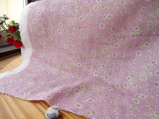 優しいオフ小花の柔らかダブルガーゼ・パープルピンク
