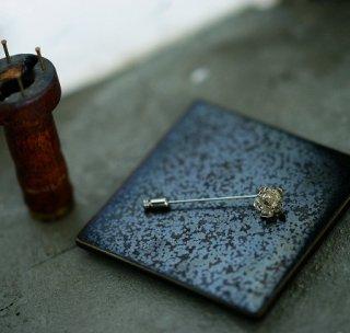 野苺のピンブローチ -wild strawberry pin brooch- (silver925・シルバー)