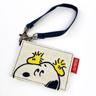 <img class='new_mark_img1' src='https://img.shop-pro.jp/img/new/icons15.gif' style='border:none;display:inline;margin:0px;padding:0px;width:auto;' />スヌーピー SNOOPY SN&WS パスケース 定期入れ シングルパスケース 白 グッズ
