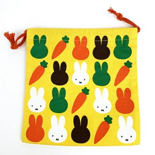 <img class='new_mark_img1' src='https://img.shop-pro.jp/img/new/icons15.gif' style='border:none;display:inline;margin:0px;padding:0px;width:auto;' />miffy ミッフィー  ミッフィー ミッフィー キャロット 巾着袋 人参 carrot グッズ イエロー 日本製