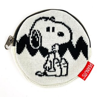 <img class='new_mark_img1' src='https://img.shop-pro.jp/img/new/icons15.gif' style='border:none;display:inline;margin:0px;padding:0px;width:auto;' />PEANUTS スヌーピー ニットパース ホワイト ニットポーチ 丸ポーチ 小物入れ グッズ