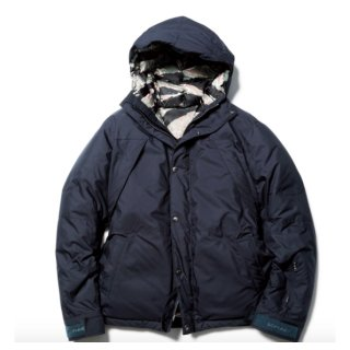 【sophnet.】MOUNTAIN DOWN PARKA