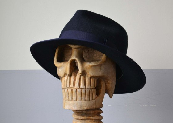 THE H.W DOG & CO. POINT HAT NAVY