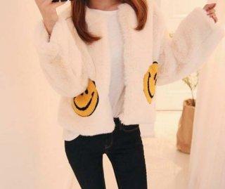 Smile Nico is cute no color Fake fur jacket coat Short coat フェイクファーショートスマイル ニコちゃん付コート毛皮 エコファージャケット