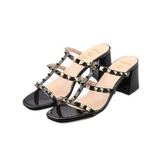 women 's Heel sandals with studs スタッズ付ヒールサンダル