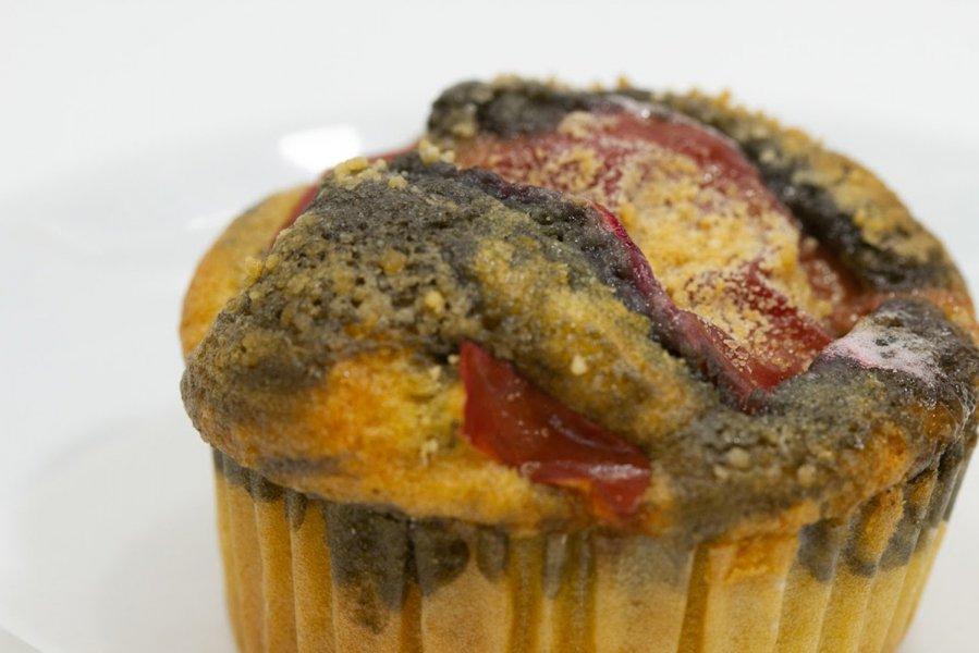 炭のリンゴカップケーキ 優しい甘さと酸味の紅玉