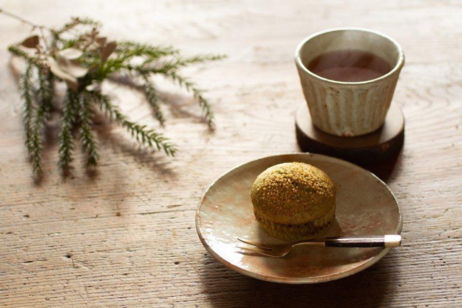 山のカップケーキ イタドリジャム&ヨモギ   口に広がる山の香り
