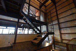 スチール鉄骨階段 踏み板(新潟県産スノービーチ)