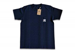 UIW  ロゴ T-shirts