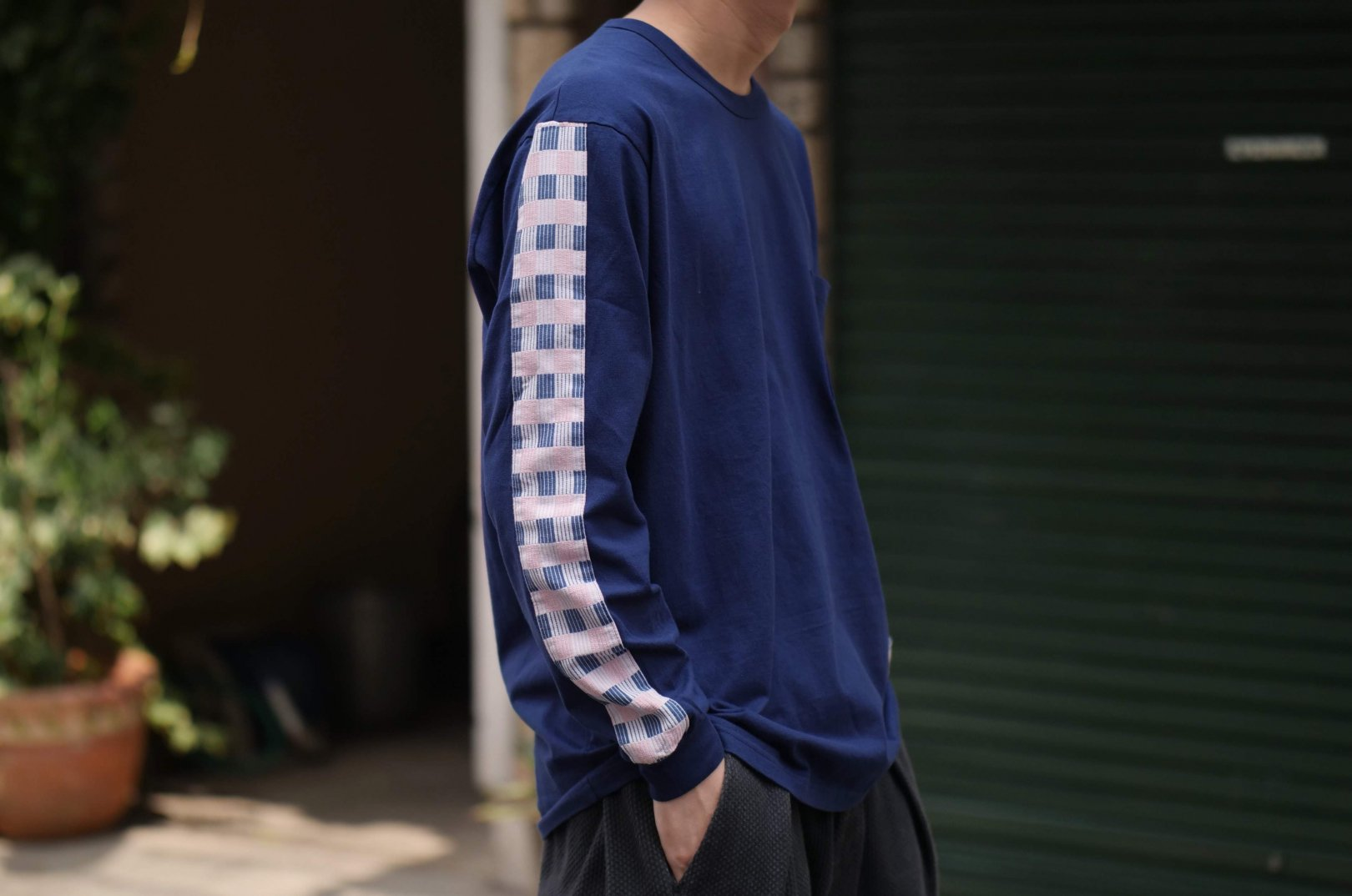 <img class='new_mark_img1' src='https://img.shop-pro.jp/img/new/icons5.gif' style='border:none;display:inline;margin:0px;padding:0px;width:auto;' />KUON / LINE LONG SLEEVE TEE