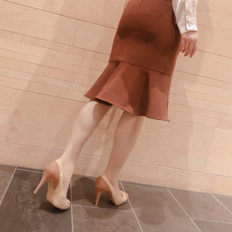 【即納】バックサイドマーメイドスカート(1 color)【Sサイズ 1着のみ】