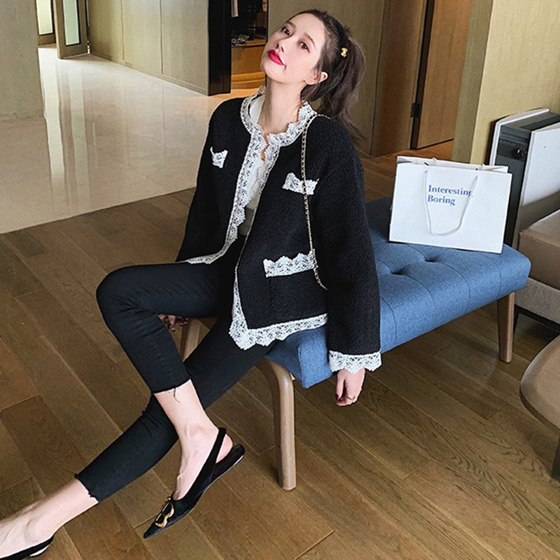 <img class='new_mark_img1' src='https://img.shop-pro.jp/img/new/icons14.gif' style='border:none;display:inline;margin:0px;padding:0px;width:auto;' />フェイクファーレースコート