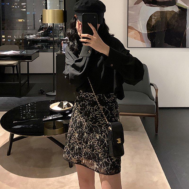 ゴールド花柄刺繍タイトスカート