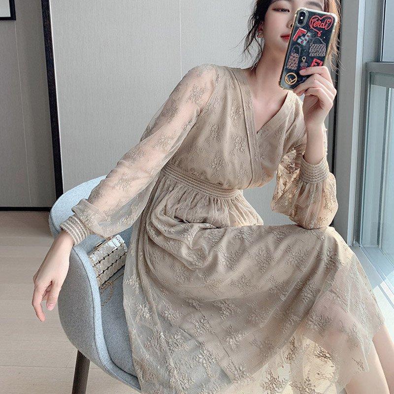 カシュクールネックチュール刺繍ドレス