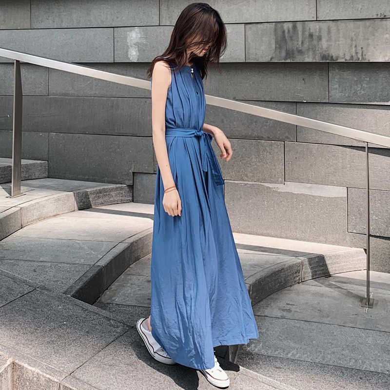 <img class='new_mark_img1' src='https://img.shop-pro.jp/img/new/icons14.gif' style='border:none;display:inline;margin:0px;padding:0px;width:auto;' />タック入りノースリーブオールインワン(2colors)