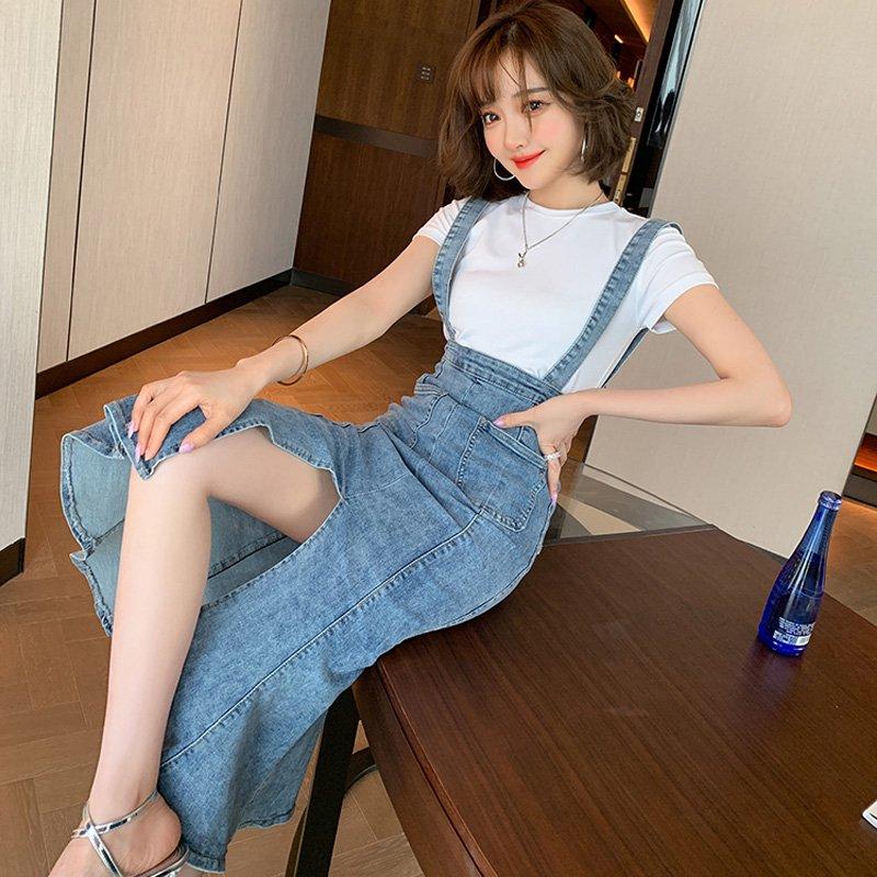【即納】ホワイトTシャツ×センタースリットマーメイドサロペットスカート